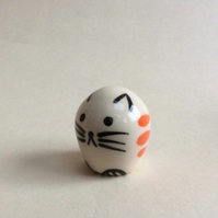 Little handmade pottery ginger striped cat.
