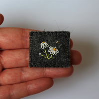Cammomile and Bee Wildflower Embroidered Felt Brooch