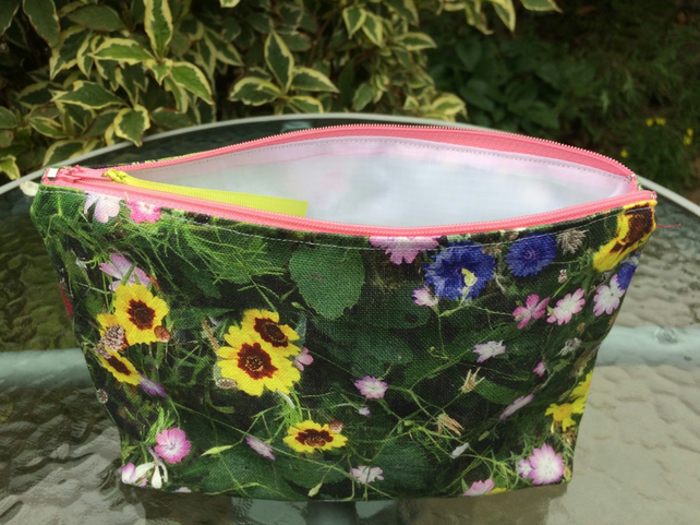 Wild flowers make up toiletries bag