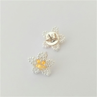 Daisy Design Beaded Sterling Silver Stud Earrings