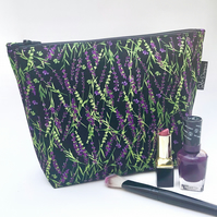 Large make up bag,lavender