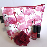 Make up bag, flamingos