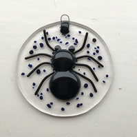 Spider lightcatcher, fused glass hanging