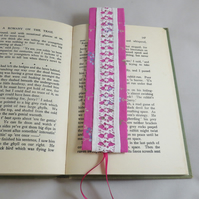 Bookmark - vintage drawn thread work pink and white