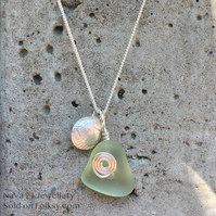 Light green Seaglass pendant with Silver art clay shell REF: LGS SCS 01