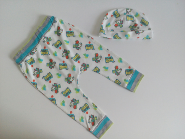 3-6 months, slouchy leggings and hat set, toy box design, baby clothes