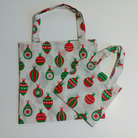 Pack of two, Xmas gift bags, baubles, gifts, Christmas gift bag, gift wrap