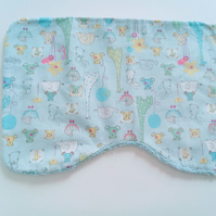 Burp cloth, animals, baby burp cloth, baby accessories, nursery, new baby