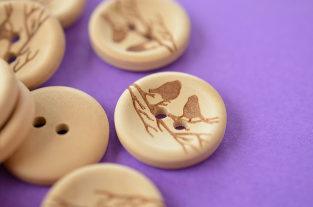 Natural Wooden Birds on a Branch Buttons One Button 20mm (BRD2)
