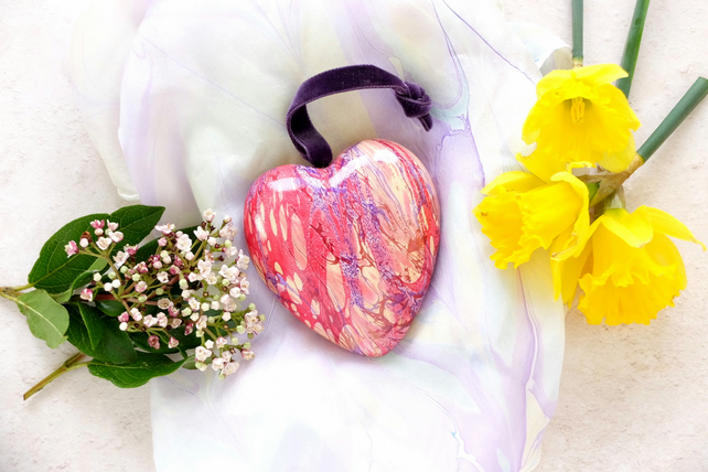 Hanging marbled ceramic heart decoration in purple gold crimson slight second