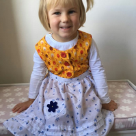 Reduced price! Vintage Style Pinny  (3 to 4 years)