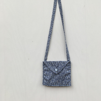 Beautiful liberty lawn shoulder purse for a little girl.