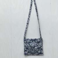 Beautiful liberty shoulder purse for a little girl.