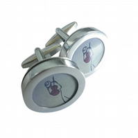 Cool Dude cufflinks, really sharp image, great music lover present