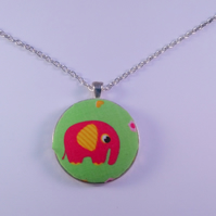 38mm Pink Elephant Fabric Covered Button Pendant
