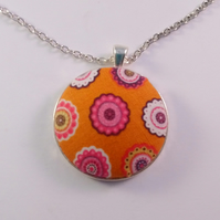 38mm Orange Retro Design Fabric Covered Button Pendant