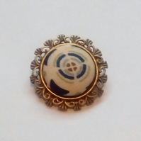 Circular Design Fabric Covered Button Brooch