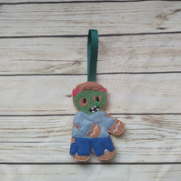 Halloween Zombie Gingerbread decoration - fridge Magnet - Keyring
