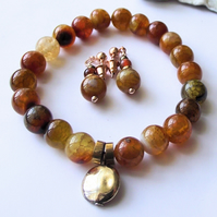 Yellow agate earrings and bracelet gold red