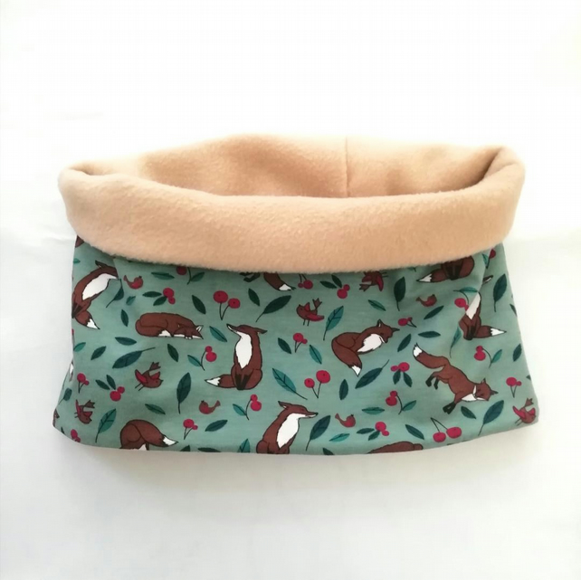 Fleece and cotton children's neck warmer - little foxes on green