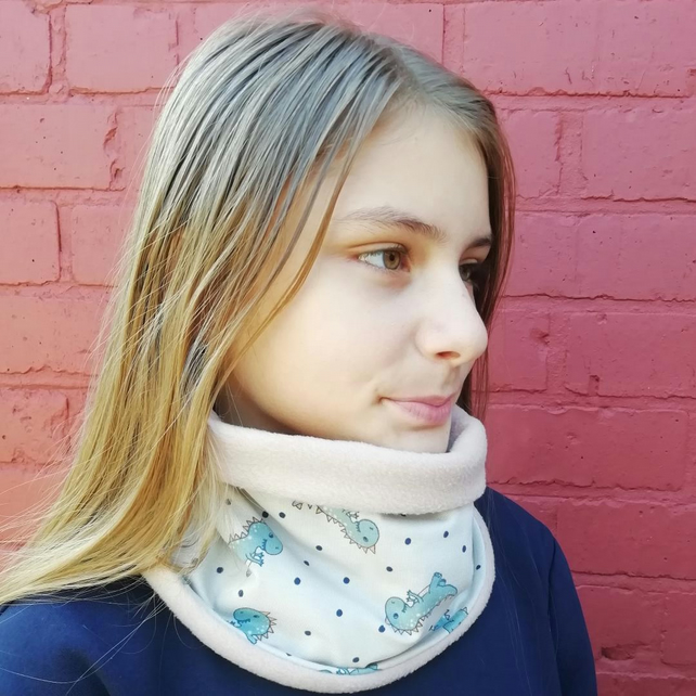 Fleece and cotton dinosaurs neck warmer