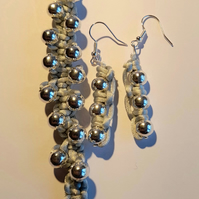 Macramé earrings and bracelet set in silver