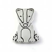 Badger Tie Pin, Badge, Lapel Pin (Large), Silver Wildlife Jewellery Gift for Men