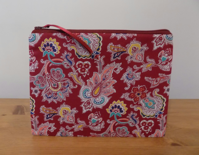 Liberty Fabric Make Up Bag, Floral Cosmetics Case, Cotton Zipper Pouch, 3 Sizes