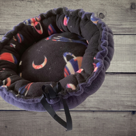 Galaxy Donut 'Small Pet' Bed, Star Wars Pet Bed, Sci-fi themed Donut Bed