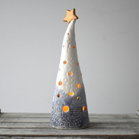 A300 Ceramic Christmas Tree Tea Light Holder (UK postage free)