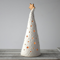 A304 Ceramic Christmas Tree Tea Light Holder (UK postage free)