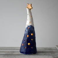 A305 Ceramic Christmas Tree Tea Light Holder (UK postage free)