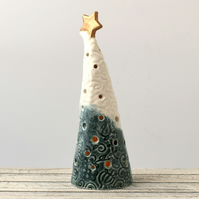 A318 Ceramic Christmas Tree Tea Light Holder (UK postage free)
