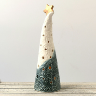 A311 Ceramic Christmas Tree Tea Light Holder (UK postage free)