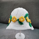 Little Miss yellow flowers and leaves sun hat. Age 2-4 years