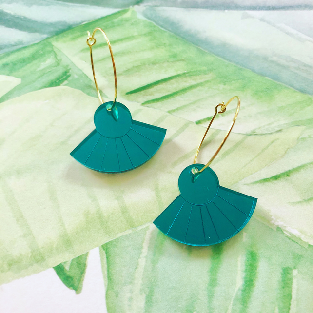 Scallop jade green mirror acrylic dangly earrings with gold plated hoops