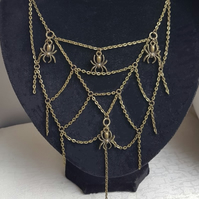 Gorgeous Spiders Nest Dangly Necklace - Dark Tones.