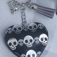 Gorgeous Gothic Skull Heart Keyring - Key Chain Bag Charm.