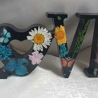 Gorgeous LOVE Resin Art Sign - Floral and Black.