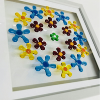 fused glass  daisy chain picture
