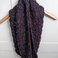 Chunky knit cowl in black and purple