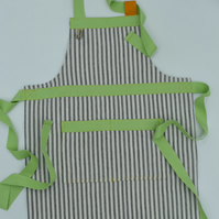 Ticking Apron for three to five years old