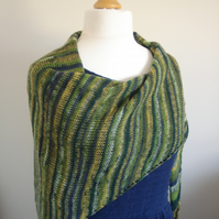 Green Shawl - 75% Wool