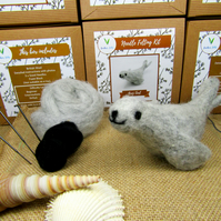 Grey Seal - Needle Felting Kit