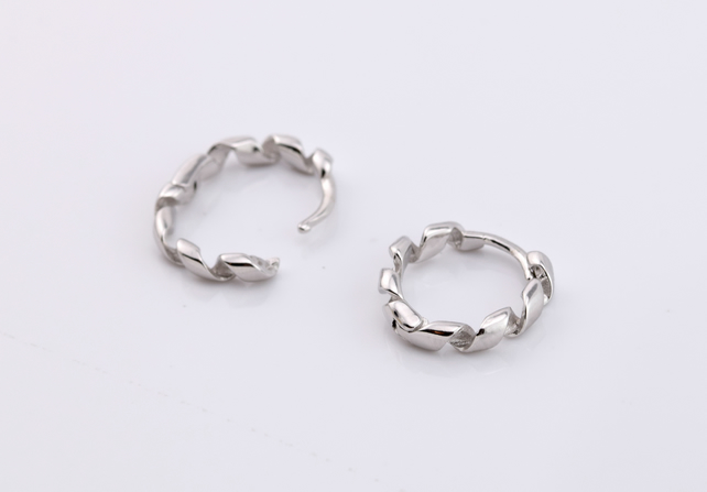 Sterling Silver (925) earrings, twisted hoops, round earrings, circle