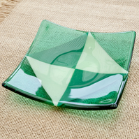 Green Geometric Triangle Fused Glass Plate