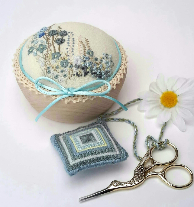 Pincushion Gift Set, Embroidered Pin Cushion,Scissor Keep & Embroidery Scissors