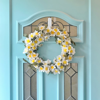 Paper Daisy Wreath