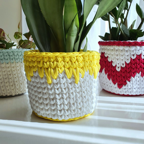 Yellow & White Crocheted Storage Basket - Plant Pot Cover - Medium (16cm)