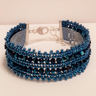 Blue Metallic Crystal Herringbone Beaded Bracelet